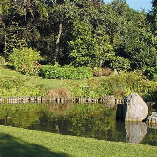 London School of English - Holland Park Gardens