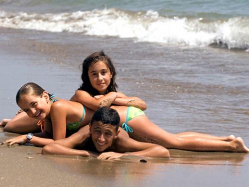 Фото на пляже в 13 лет